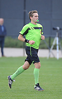 20161029 - ZWEVEZELE , BELGIUM : Referee Gilles Fockedey  pictured during a soccer match between the women teams of KSK Zwevezele and Club Brugge  , during the seventh matchday in the 2016-2017  Tweede klasse - Second Division season, Saturday 29 October 2016 . PHOTO SPORTPIX.BE | DIRK VUYLSTEKE