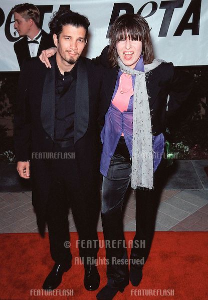18SEP99: Singer CHRISSIE HYNDE & boyfriend at PETA's Party of the Century, in Los Angeles.     .© Paul Smith / Featureflash