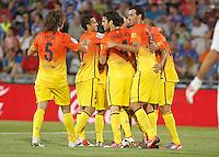 GETAFE, ESPANHA, 15 SETEMBRO 2012 - CAMP. ESPANHOL - GETAFE X BARCELONA - Jogadores do Barcelona comemora gol de Puyol durante lance de partida contra o Getafe em jogo valido pela 4 rodada do campeonato espanhol em Getafe na Espanha, neste sabado. O Barcelona venceu por 4 a 1 e se mantem na lideranca. (FOTO: ALFAQUI / BRAZIL PHOTO PRESS).