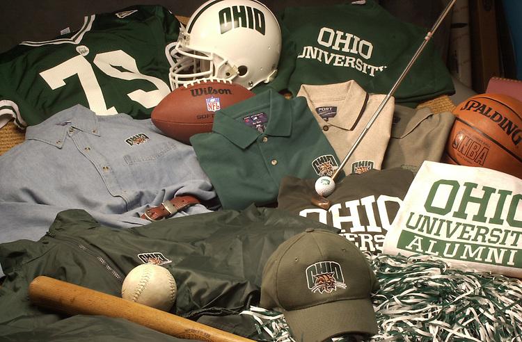 15094  Product shoot for Ohio today: Alumni Online Catalog