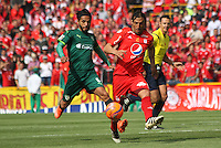 BOGOTA -COLOMBIA, 19-02-2017.Ernesto Farias (R) player of America de Cali fights the ball agaisnt of Fabian Vargas (L) player of La Equidad. Action game between  La Equidad and America de Cali during match for the date 4 of the Aguila League I 2017 played at Ne stadium . Photo:VizzorImage / Felipe Caicedo  / Staff