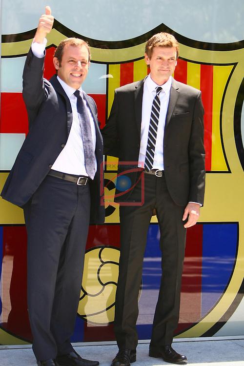 Sandro Rosell & Tito Vilanova. Acte de presentacio TITO VILANOVA - Entrenador 1er equip.