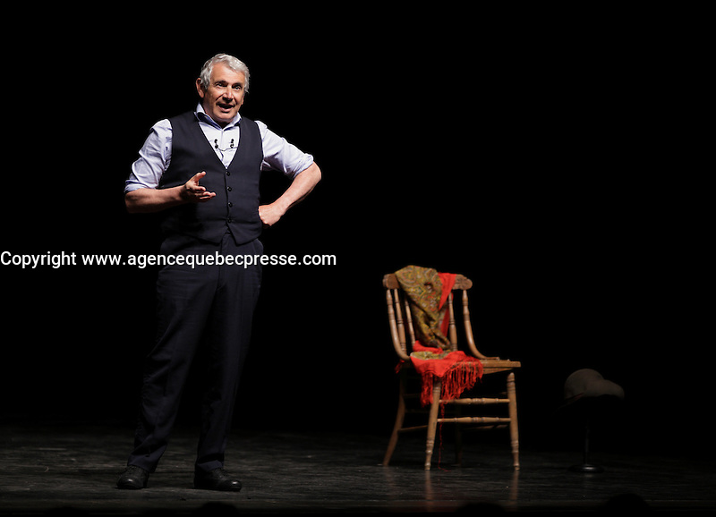 Le comique francais Michel Boujenah sur la scene de l'Olympia de Montr&eacute;al, le 17 mai 2016.<br /> <br /> French comic Michel Boujenah onstage at the Olympia of Montreal, May 17, 2016.<br /> <br /> PHOTO : Pierre Roussel -  Agence Quebec Presse