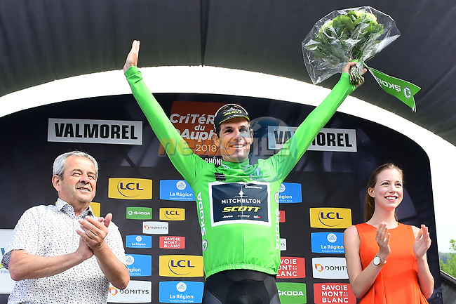 Daryl Impey (RSA) Mitchelton-Scott retains the points Maillot Vert at the end of Stage 5 of the 2018 Criterium du Dauphine 2018 running 130km from Grenoble to Valmorel, France. 8th June 2018.<br /> Picture: ASO/Alex Broadway | Cyclefile<br /> <br /> <br /> All photos usage must carry mandatory copyright credit (© Cyclefile | ASO/Alex Broadway)