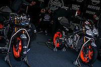 Estrella Galicia box at pre season winter test IRTA Moto3 & Moto2 at Ricardo Tormo circuit in Valencia (Spain), 11-12-13 February 2014