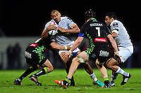 Jonathan Joseph of Bath Rugby takes on the Pau defence. European Rugby Challenge Cup match, between Pau (Section Paloise) and Bath Rugby on October 15, 2016 at the Stade du Hameau in Pau, France. Photo by: Patrick Khachfe / Onside Images