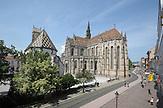 St.- Elisabeth-Kathedrale, Fußgängerzone, Haupstraße / Cathedral St. Elisabeth, pedestrian zone, main road