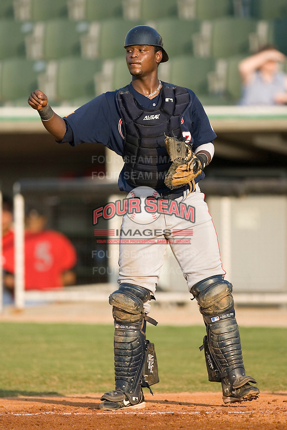 Asheville Tourists catcher Nelson Robledo on defense versus the Kannapolis Intimidators  at Fieldcrest Cannon Stadium in Kannapolis, NC, Monday, August 28, 2006.  The Tourists defeated the Intimidators 7-4 in the first game of a double-header.