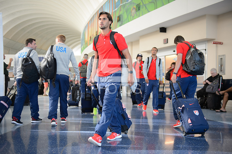 Jacksonville, Florida - Sunday, June 8, 2014: The USMNT departs for Brazil and World Cup 2014 from Jacksonville airport.