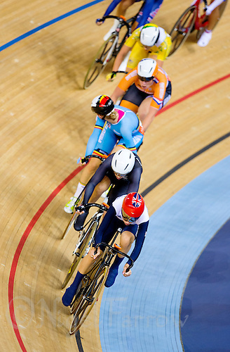06 AUG 2012 - LONDON, GBR - Laura Trott (GBR) of Great Britain leads the front pack during the Women's Omnium Elimination Race at the London 2012 Olympic Games track cycling at the Olympic Park Velodrome in Stratford, London, Great Britain .(PHOTO (C) 2012 NIGEL FARROW)
