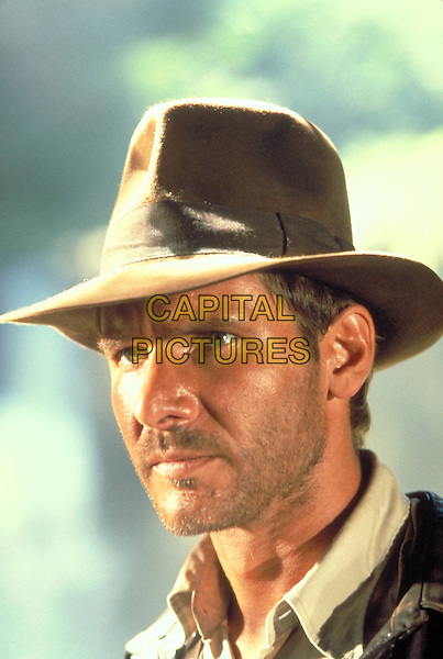 HARRISON FORD.in Indiana Jones and the Raiders of the Lost Ark (1981) .*Filmstill - Editorial Use Only*.CAP/FB.Supplied by Capital Pictures.