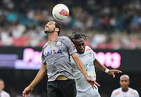 SAO PAULO, SP, 03 MARCO 2013 - PAULISTAO - SAN X COR - Danilo do corithians durante a partida entre Santos e Corinthians, válida pelo Campeonato Paulista 2013, no Estádio do Morumbi em São Paulo (SP), neste domingo (3).FOTO: VANESSA CARVALHO - BRAZIL PHOTO PRESS