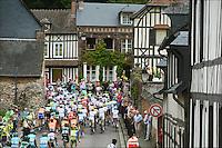 Illustration peleton .Rouen / St Quentin.5/7/2012.Tour de France - Vise / Tournai.Foto Insideofoto / Kalut - De Voecht / Photo News / Panoramic.ITALY ONLY