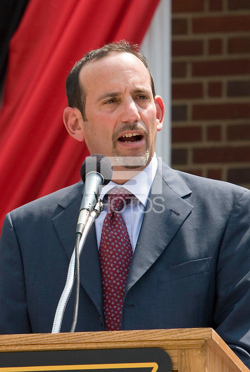 MLS Commissioner Don Garber speaks at the announcement of a new soccer specific stadium to be built in Harrison. The press conference was held on the steps of the Harrison Public Library, Harrison, NJ, on August 4, 2005.