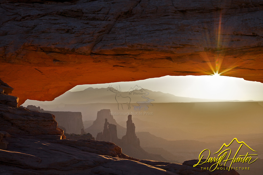 Mesa  Arch, Sunrise, Canyonlands, National Park, Moab, Utah