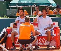 Austria, Kitzbühel, Juli 18, 2015, Tennis,  Davis Cup, Third match: doubles: Olivier Marach/Jurgen Meltzer (AUT) vs Jean-Julien Rojer/ Robin Haase (NED), pictured: Jean-Julien Rojer/ Robin Haase (R) on the Dutch bench with captain Jan Siemerink<br /> Photo: Tennisimages/Henk Koster