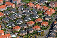 Doppelhaus: EUROPA, DEUTSCHLAND, SCHLESWIG-HOLSTEIN, (EUROPE, GERMANY), 19.10.2007: Deutschland, Europa, Schleswig- Holstein, Schwarzenbek, Neubaugebiet, Bau, Flaeche, Bebauungsplan, B Plan, Erschliessung, Neu, Buerger, Erweiterung, Wohnungsbau, Haus, Bausparen, Haus, Einzelhaus, Doppelhaus, Siedlung, Wohnen,  Luftbild, Luftansicht, Aufwind-Luftbilder.c o p y r i g h t : A U F W I N D - L U F T B I L D E R . de.G e r t r u d - B a e u m e r - S t i e g 1 0 2, .2 1 0 3 5 H a m b u r g , G e r m a n y.P h o n e + 4 9 (0) 1 7 1 - 6 8 6 6 0 6 9 .E m a i l H w e i 1 @ a o l . c o m.w w w . a u f w i n d - l u f t b i l d e r . d e.K o n t o : P o s t b a n k H a m b u r g .B l z : 2 0 0 1 0 0 2 0 .K o n t o : 5 8 3 6 5 7 2 0 9.C o p y r i g h t n u r f u e r j o u r n a l i s t i s c h Z w e c k e, keine P e r s o e n l i c h ke i t s r e c h t e v o r h a n d e n, V e r o e f f e n t l i c h u n g  n u r  m i t  H o n o r a r  n a c h M F M, N a m e n s n e n n u n g  u n d B e l e g e x e m p l a r !.