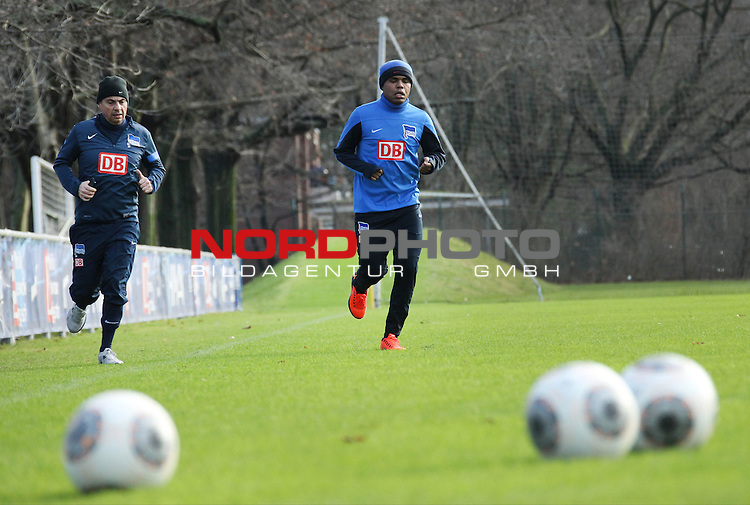 29.12.2013, Sportpark, Berlin, GER, 1.FBL, Hertha BSC , Training, im Bild Ronny<br /> <br />               <br /> Foto &not;&copy; nordphoto /  Schulz