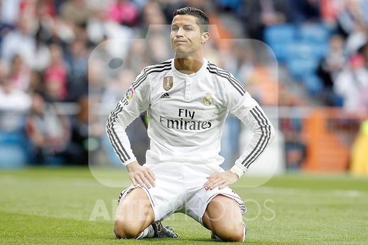 Real Madrid's Cristiano Ronaldo dejected during La Liga match. April 29,2015. (ALTERPHOTOS/Acero)