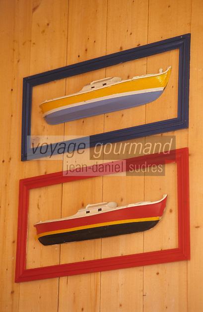 """Europe/France/Aquitaine/33/Gironde/Bassin d'Arcachon/Le Cap Ferret: Le """"Pinasse Café"""" - Détail pinasses"""