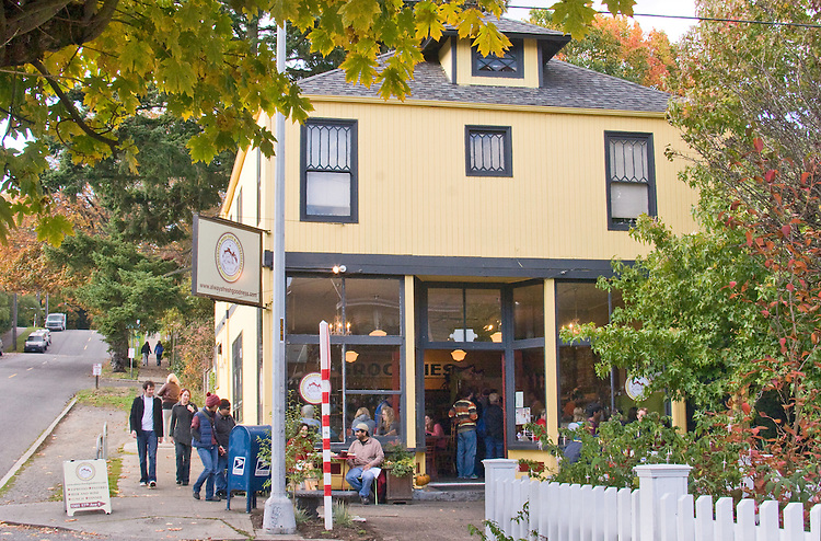 Seattle, Volunteer Park Café and Marketplace, neighborhood café, corner store, Capitol Hill, Washington State,