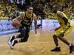 "02.06.2019, EWE Arena, Oldenburg, GER, easy Credit-BBL, Playoffs, HF Spiel 1, EWE Baskets Oldenburg vs ALBA Berlin, im Bild<br /> Peyton SIVA (ALBA Berlin #3 ) William""Will"" CUMMINGS (EWE Baskets Oldenburg #3 )<br /> <br /> Foto © nordphoto / Rojahn"