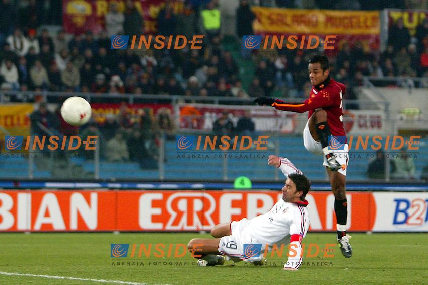 Roma 22/1/2004<br /> ROMA MILAN 1-2 COPPA ITALIA<br /> Amantino Mancini (Roma) segna il gol dell 1-2<br /> Amantino Mancini (Roma) scores goal of 1-2<br /> Foto Andrea Staccioli Insidefoto