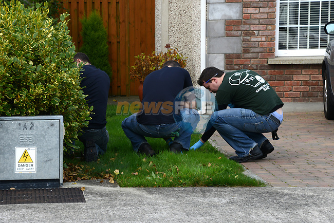 Gardaí at work at the scene of the shooting inThe Paddocks estate in Termonfeckin.  Photo: Andy Spearman - www.droghedfalife.com