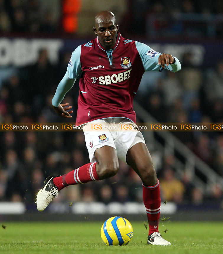 Alou Diarra of West Ham - West Ham United vs Manchester United, FA Cup 3rd round at Upton Park, West Ham - 05/01/13 - MANDATORY CREDIT: Rob Newell/TGSPHOTO - Self billing applies where appropriate - 0845 094 6026 - contact@tgsphoto.co.uk - NO UNPAID USE.