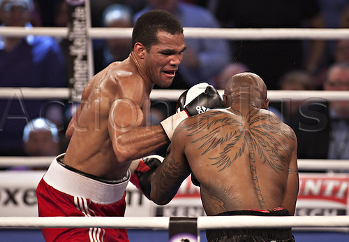 12.02.2011 Cuba's Yoan Pablo Hernandez on Saturday saw off Frenchman Steve Herelius on a seventh-round knockout to win the WBA interim cruiserweight belt after a bout just outside Duesseldorf.