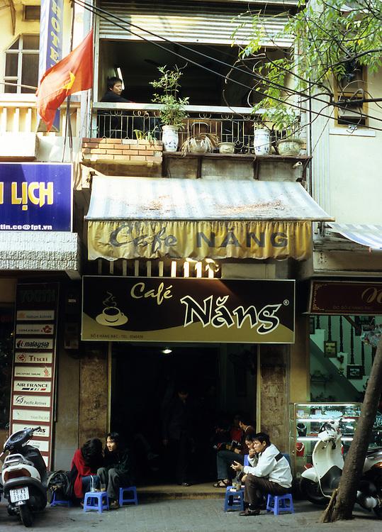 Cafe Nang - Cafe Nang in Hang Bac Street, Hanoi Old Quarter, Viet Nam