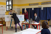 Milano: seggio elettorale durante le elezioni del 2013.Milan: polling station during the elections of 2013