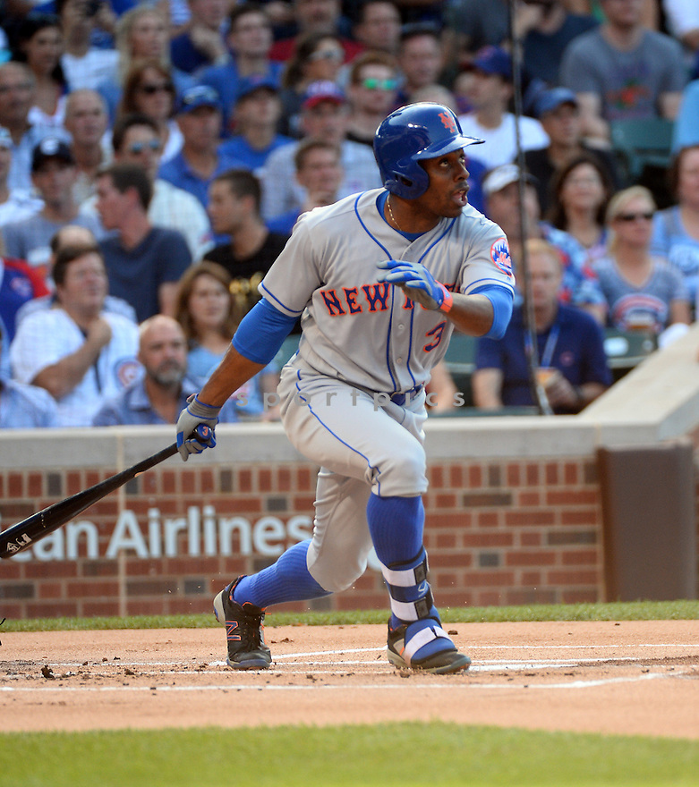 New York Mets Curtis Granderson (3) during a game against the Chicago Cubs on July 19, 2016 at Wrigley Field in Chicago, IL. The Mets beat the Cubs 2-1.