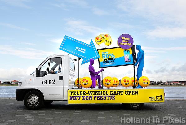 Nederland Nijmegen 2016. Reclame voor de opening van een Tele2 winkel.  Foto Berlinda van Dam / Hollandse Hoogte