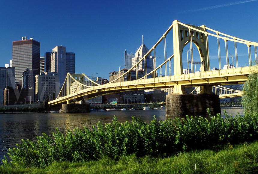 Pittsburgh, skyline, bridge, PA, Pennsylvania, View of the downtown skyline of Pittsburgh and the 7th Street Bridge crossing the Allegheny River.