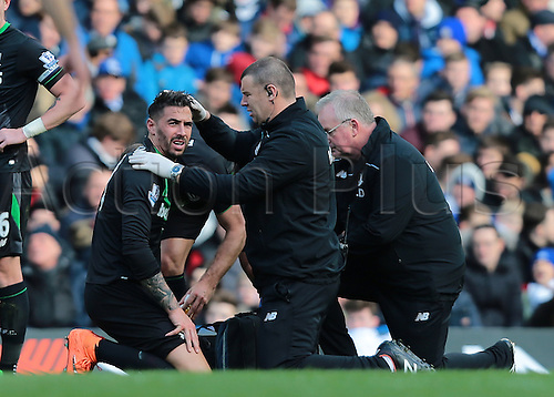 05.03.2016. Stamford Bridge, London, England. Barclays Premier League. Chelsea versus Stoke City. Play is briefly stopped after Stoke City Defender Geoff Cameron suffers a knock to the head