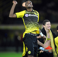 FUSSBALL   1. BUNDESLIGA   SAISON 2011/2012    14. SPIELTAG Borussia Dortmund - FC Schalke 04      26.11.2011 Felipe SANTANA (Dortmund) jubelt nach dem Abpfiff