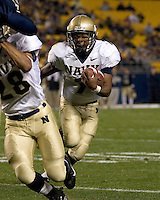 Navy running back Reggie Campbell scores on a 4-yard touchdown run.  The Navy Midshipmen beat the Pitt Panthers 48-45 in double overtime on October 10, 2007 at Heinz Field, Pittsburgh, Pennsylvania.