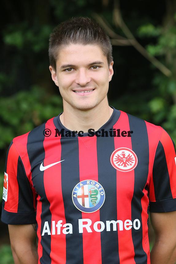 Aleksandar Ignjovski (Eintracht Frankfurt)