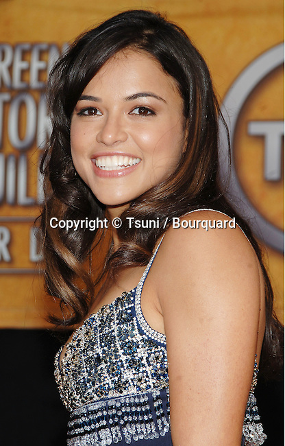 Michelle Rodriguez arriving at the 12th Annual Screen Actors Guild Awards at the Shrine Auditorium In Los Angeles, Sunday January 29, 2006