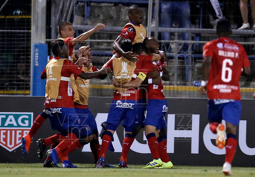 SANTIAGO DE CHILE - CHILE: 06-02-2019: Los jugadores de Deportivo Independiente Medellín (COL), celebran el gol anotado a Palestino (CHL), durante partido de la Segunda fase, llave 4, entre Club Deportivo Palestino (CHL) y Deportivo Independiente Medellín (COL), por la Copa Conmebol Libertadores 2019 en el estadio San Carlos de Apoquindio, de la ciudad de Santiago de Chile. / Players of Deportivo Independiente Medellin (COL), celebrate a goal scored to Club Deportivo Palestino (CHL) during a match between Club Deportivo Palestino (CHL) and Deportivo Independiente Medellin of the second phase, key 4, for Copa Conmebol Libertadores 2019 at the San Carlos de Apoquindio Stadium, in the city of Santiago de Chile. Photos: VizzorImage / Andrés Piña / Cont. / Photosport