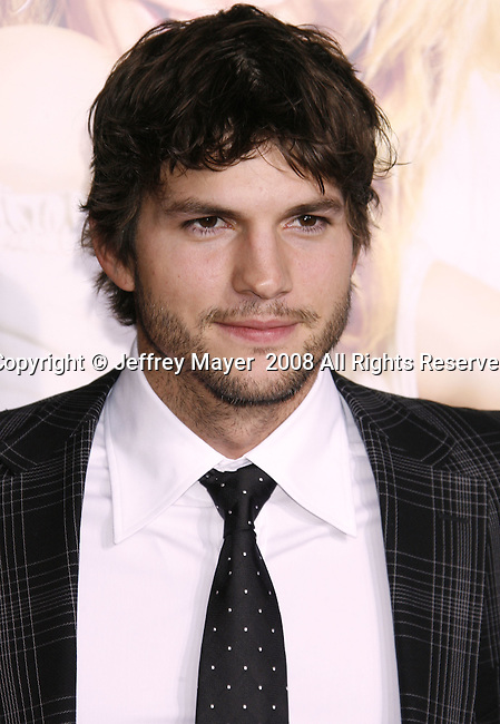 """Actor Ashton Kutcher arrives at the Premiere Of Fox's """"What Happens In Vegas"""" on May 1, 2008 at the Mann Village Theatre in Los Angeles, California."""