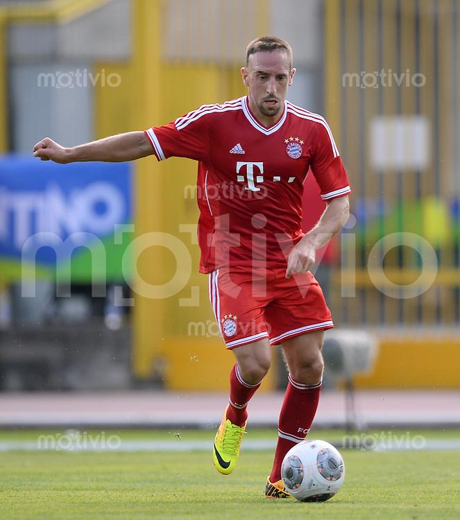 FUSSBALL  1. Bundesliga   2013/2014   Testspiel  FC Bayern Muenchen - Paulaner Traumelf      05.07.2013 Franck Ribery (FC Bayern Muenchen) am Ball