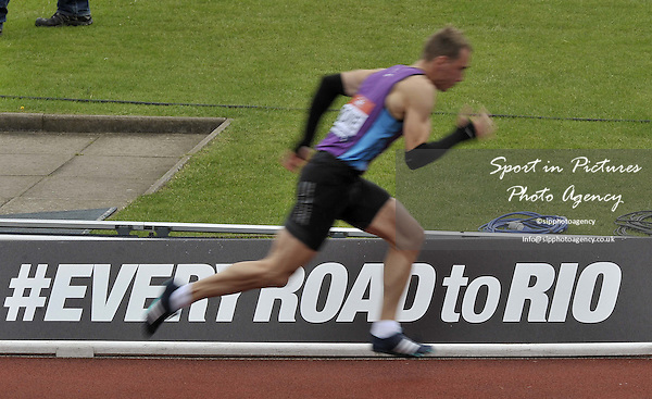 Jamie Bowie (East Lothian) goes past the 'Every road to Rio' sign at the start of the mens 400m. British Athletics Championships. Alexander Stadium. Birmingham. UK. 26/06/2016. ~ MANDATORY CREDIT Garry Bowden/SIPPA - NO UNAUTHORISED USE - +447837 394578