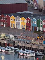 Hummerbuden und Börteboote im Binnen-, Insel Helgoland, Schleswig-Holstein, Deutschland, Europa, immaterielles Weltkulturerbe<br /> lobster shacks and börte boats in inland port, Helgoland island, district Pinneberg, Schleswig-Holstein, Germany, Europe, intanggible World Heritage
