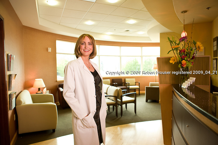 Dr. Jennifer Reichel - Pacific Dermatology & Cosmetic Center: Executive portrait photographs by San Francisco - corporate and annual report - photographer Robert Houser.