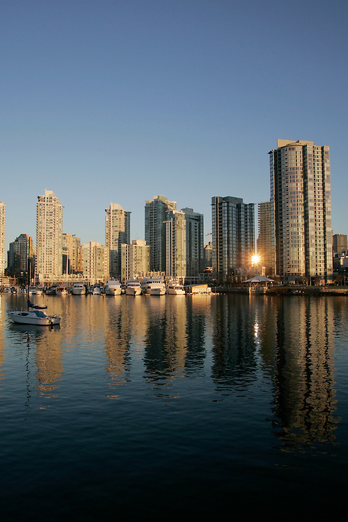 Vancouver, False Creek, Yaletown, English Bay, condominiums, morning sunrise, British Columbia, Canada,