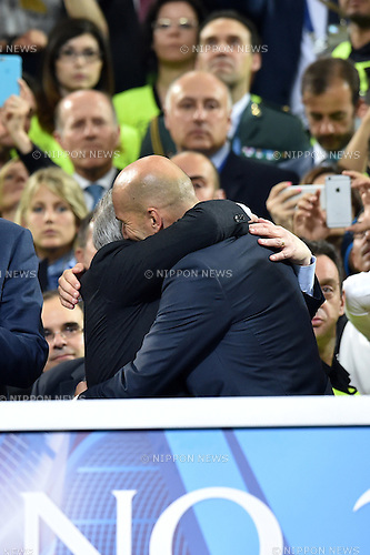 Zinedine Zidane (Real), MAY 28, 2016 - Football / Soccer : Real Madrid head coach celebrates after winning the penalty shoot-out during the UEFA Champions League final match between Real Madrid 1(5-3)1 Atletico de Madrid at Stadio Giuseppe Meazza San Siro in Milan, Italy. (Photo by aicfoto/AFLO)