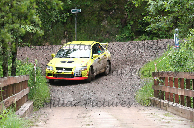 Matthew Calderwood - Stan Quirk in their Mitsubishi Lancer Evo 7 Junction 7 on SS6 Ae West.....