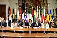 Roma, 23 Settembre 2013<br /> Palazzo Chigi<br /> Incontro Europeo contro le discriminazioni e il razzismo.<br /> 17 Paesi europei firmano la dichiarazione di Roma per la lotta al razzismo.<br /> La Ministra per l'integrazione Cécile Kyenge